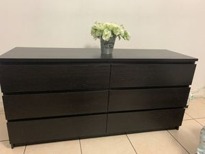 Ikea Malm 6 drawer dresser for Sale in Hialeah, FL