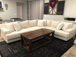 John Michael Sectional For Sale. 1 year old. for Sale in Manteca, CA