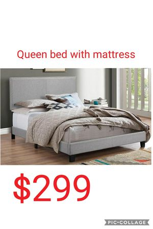 Queen bed with mattress for Sale in Las Vegas, NV