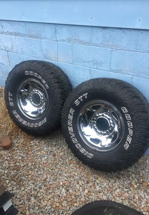 """Dodge Ram 16"""" 8 Lug steel wheels with tires. for Sale in Newark, OH"""