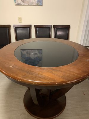 Dining table 4 chairs for Sale in Milton, WA