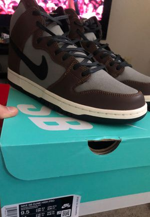Nike Dunk High Baroque Brown for Sale in Stockton, CA