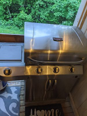 Charbroil Infrared bbq for Sale in Edmonds, WA