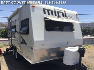 Lite weight Travel trailer 2014 Rockwood Minilite for Sale in Lakeside, CA