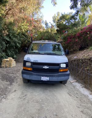 2005 Chevrolet Express Cargo Van for Sale in Pasadena, CA