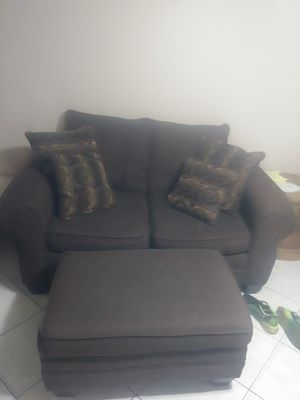 Love seat and ottoman for Sale in Winter Haven, FL