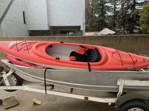 12 ft Pelican kayak for Sale in Fresno, CA