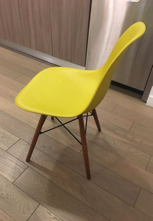 Chair - great condition for Sale in New York, NY