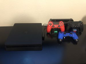 Ps4 Slim 500GB with 3 controllers for Sale in Eastvale, CA