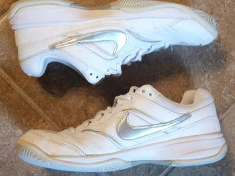 Nike Court Lite White/Silver Sneakers Womens Sz.9 for Sale in Plaquemine,  LA