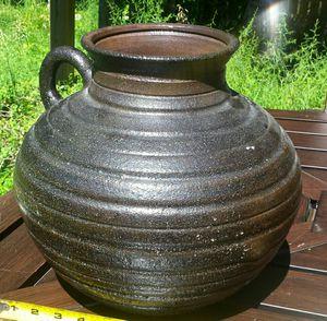 Pottery Outdoor/Indoor Flower Vase for Sale in Fairfax, VA