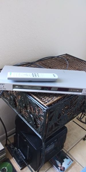 Dvd player with remote..sony works perfect for Sale in Phoenix, AZ