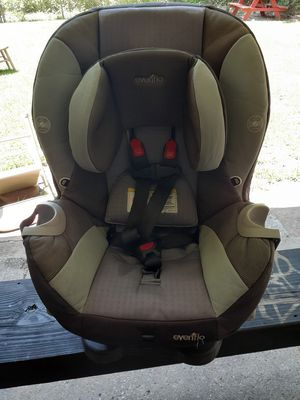Car seat and reclines for Sale in Houston, TX