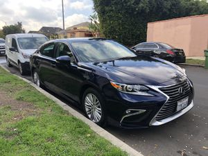 Lexus ES350 2017 12k miles for sale, will go fast! for Sale in Los Angeles, CA