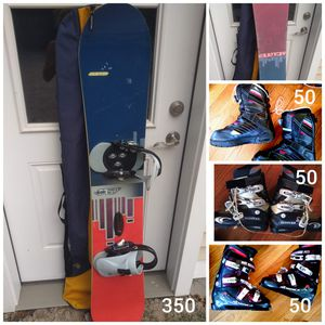 Burton snowboard with bag Snow boots Ski boots Located in Branford for Sale in Branford, CT