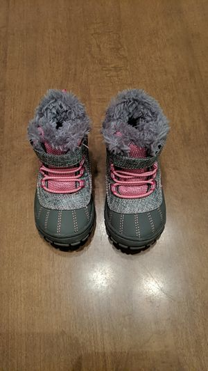 Garanimals size 6 snow boots for Sale in Tempe, AZ
