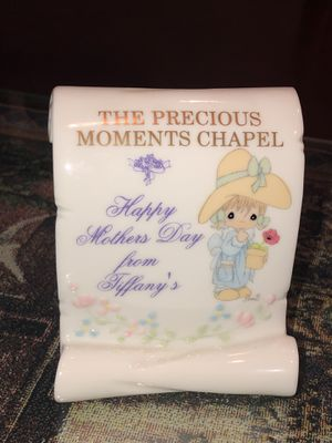 Precious Moments Chapel Tiffany's Flower Holder for Sale in Hemet, CA