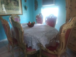 Antique Dining Table and Hutch for Sale in Port Charlotte, FL
