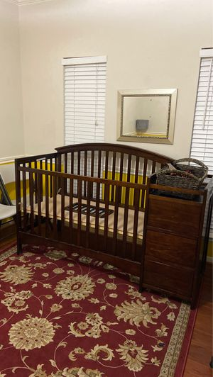 Baby crib with changing table for Sale in Spring, TX