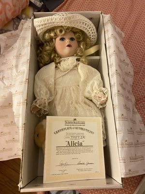 Antique doll for Sale in Port Neches, TX