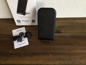 Wireless charging Stand for Sale in Kissimmee, FL