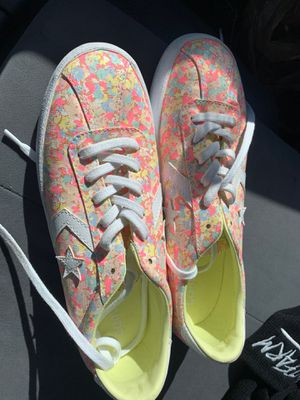 Converse size 8 for Sale in Las Vegas, NV
