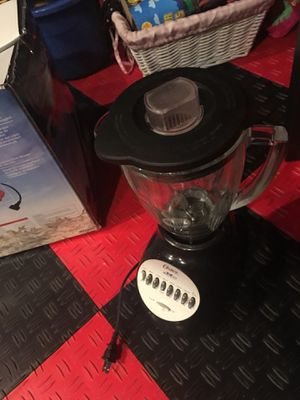Oster blender works good sale for Sale in Herndon, VA