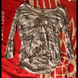 Medium - Camo Shirt for Sale in Harrison charter Township, MI