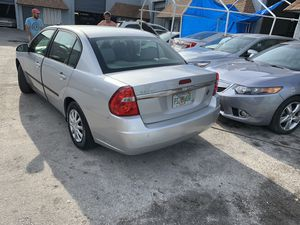 2005 Chevy Malibu for Sale in Pompano Beach, FL
