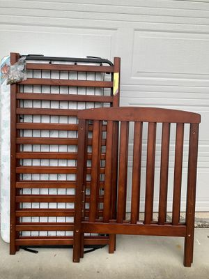 Crib, Changing Table, Security Gate Bundle for Sale in Moreno Valley, CA