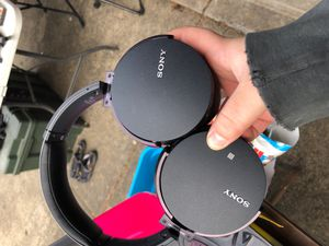 Bluetooth Sony Headphones Bass Boosted for Sale in Newberg, OR