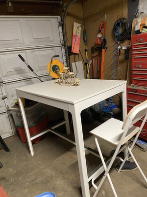IKEA table for Sale in Orland, CA