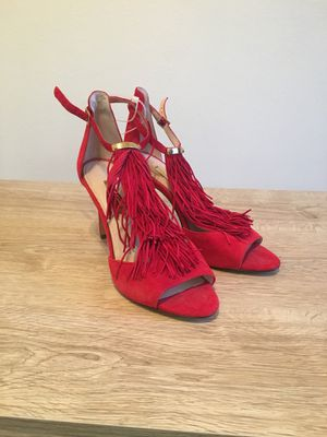 LOUISE ET CIE Kayla Fringe Dress Sandals /heels RED SUEDE SZ 8.5. Brand new for Sale in Tulsa, OK