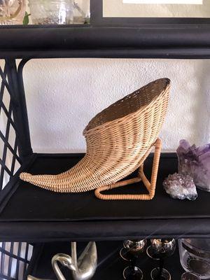 Wicker cornucopia for Sale in Tempe, AZ