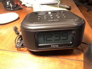Ihome radio alarm iPhone charging port for Sale in Vancouver, WA