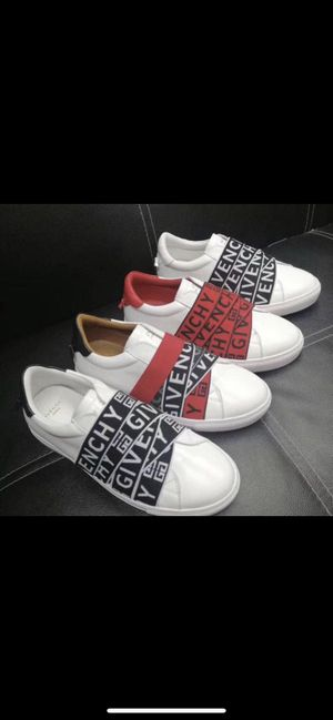 Men's givenchy , Versace, Burberry, Gucci, fendi shoes for Sale in Fort Lauderdale, FL