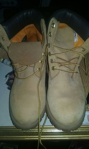 Female timberland butters size 9M for Sale in Pittsburgh, PA