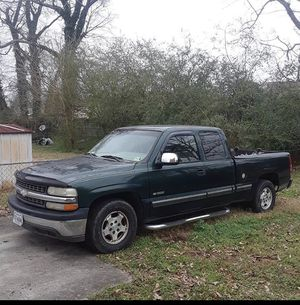 2002 chevy silverado for Sale in Chesapeake, VA