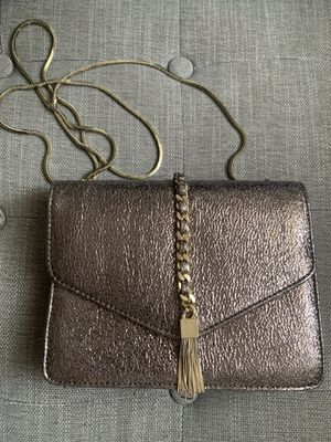 STREET LEVEL Metallic Bronze Cross Body with Chain Tassel - NEW with Tags for Sale in Los Angeles, CA