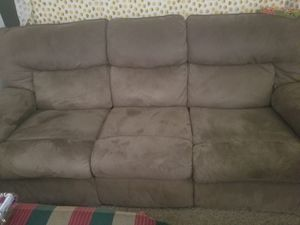 Reclining sofa for Sale in Wichita, KS