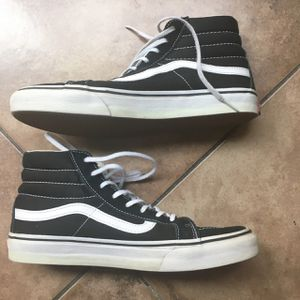 Vans Black Old Skool Sk8-Hi Sneakers for Sale in Rancho Cucamonga, CA