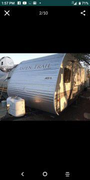 2012 travel trailer 20 feet long for Sale in Fontana, CA