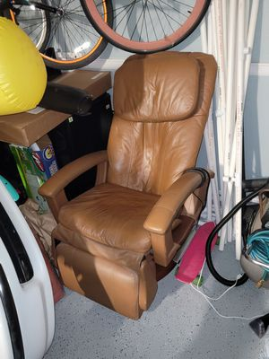 Massage chair for Sale in San Jacinto, CA