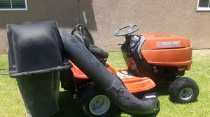 Troy bilt pony rider tractor lawn mower troy-bilt Pony for Sale in Pomona, CA
