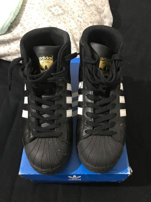 Adidas Superstar High Tops 5Y for Sale in Richmond, CA
