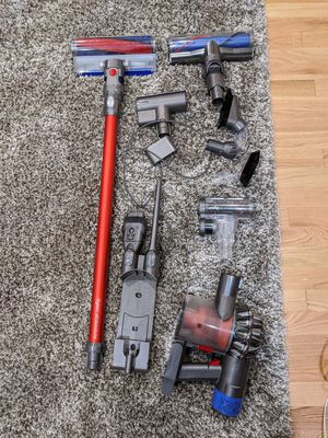 Dyson V6 Absolute with accessories for Sale in Kirkland, WA