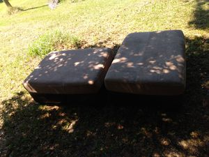 Nice couch in good shape no tears or rips or stains for Sale in Wahneta, FL