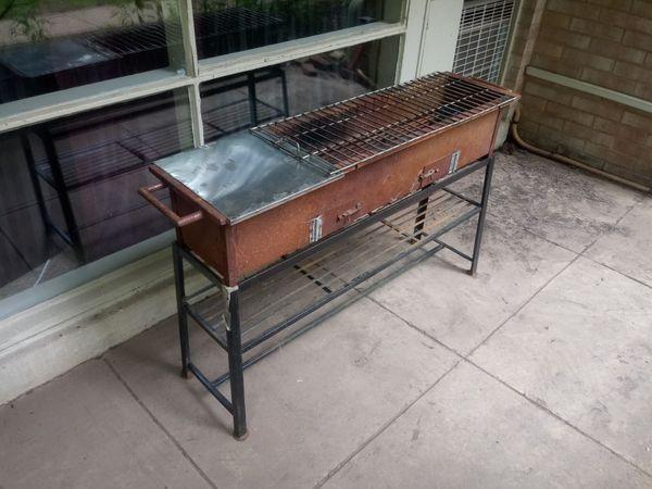 Grill (antique BBQ)