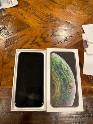 iPhone Xs - 512GB - Unlocked - Warranty for Sale in Seattle, WA
