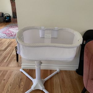 Halo Bassinet for Sale in North Bend, WA